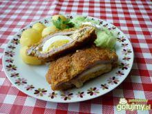 Kotlet schabowy z jajkiem i żółtym serem
