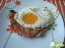 Kotlet schabowy z sadzonym jajkiem