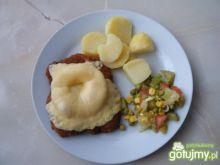 Kotlet schabowy z serem i ananasem