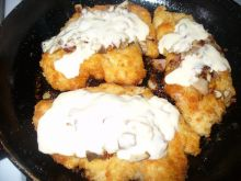 Kotlet z kurczaka z serem i grzybami