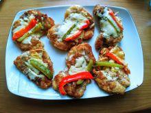 Kotlety drobiowe z warzywami i serem
