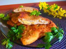Kotlety drobiowe z żółtym serem