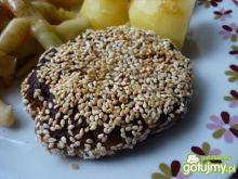 Kotlety mielone w ziarnach sezamu