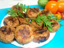 Kotlety mielone z papryką z grilla