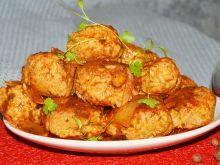 Kotlety mielone z ryżem w sosie pomidorowym