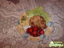 Kotlety z kurczaka w sosie truskawkowym