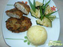 Kotlety z mielonego mięsa i ryżu