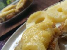 Kotlety zapiekane z ananasem i serem