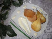 Kotlety ze schabu z gruszkami i sosem