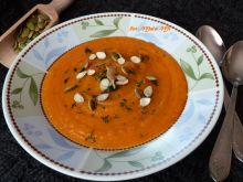 Krem dyniowo-marchewkowy z ziemniakami i koperkiem