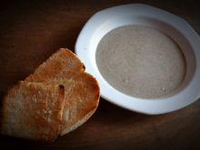 Krem pieczarkowy z tostem