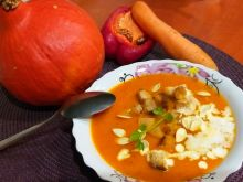 Krem z dyni, papryki i marchewki