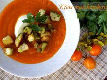 Krem z marchewki z bazyliowymi grzankami