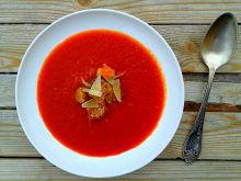 Krem z pieczonych pomidorów i papryki z grzankami