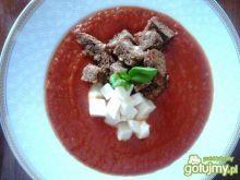 Krem z pomidorów z bazylią