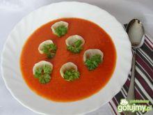 Krem z pomidorów z serowymi uszkami