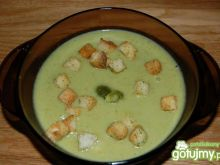 Krem ze świeżych brokułów z grzankami