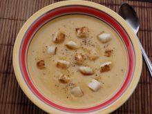 Kremowa zupa dyniowa z gorgonzolą