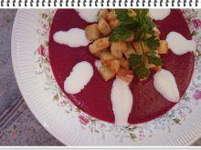 Kremowa zupa Eli z buraczków