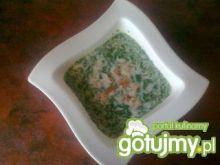Kremowa zupa serowa z zieloną pietruszką