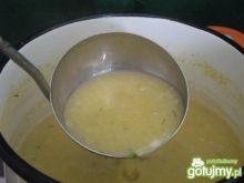 Kremowa zupa z zielonych ogórków