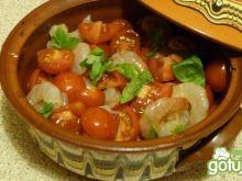 Krewetki zapiekane z pomidorkami