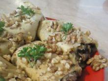 Krokiety z grzybami i orzechami