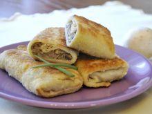 Krokiety z serem, pieczarkami i kapustą