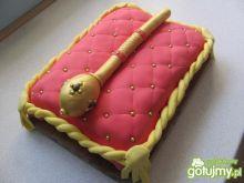 Królewski tort z berłem