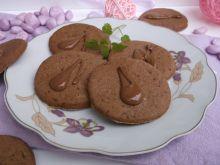 Kruche ciasteczka czekoladowe z kardamonem