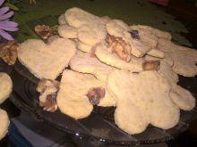 Kruche ciasteczka orzechowe