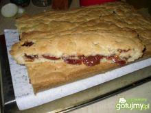 Kruche ciasto śliwkowe