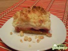 Kruche ciasto z malinami i czereśniami