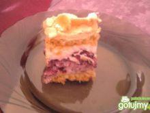 Kruche ciasto z porzeczkami i bezą