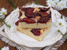 Kruche ciasto ze śliwkami i cynamonem