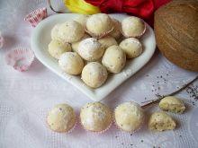 Kruche kuleczki kokosowe z nasionami chia