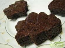 Kształtne babeczki czekoladowo-migdałowe