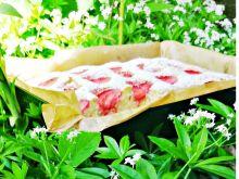 Kubeczkowe ciasto truskawkowe