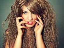 Kuchenne sposoby na ratunek włosom