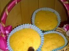 Kukurydziane babeczki z gruszką