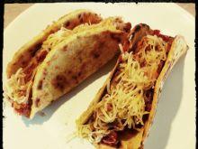 Kukurydziane tacos z mięsno - warzywnym farszem