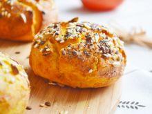 Kukurydziano-pszenne bułeczki z ziarnami