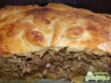 Kulebiak z mięsno-kapuścianym farszem