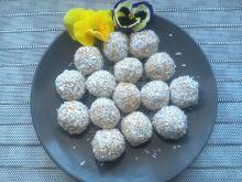 Kulki daktylowo-kokosowe
