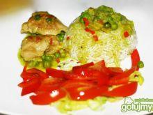 Kurczak curry z groszkiem