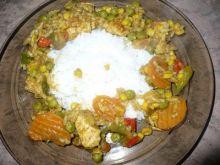Kurczak curry z ryżem i warzywami