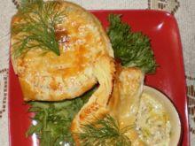 Kurczak duszony  pod ciastem francuskim