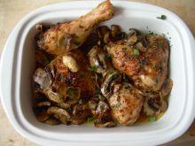 Kurczak maślany z pieczarkami (pieczony)