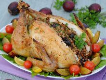 Kurczak nadziewany kaszą i śliwkami