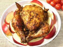 Kurczak pieczony na jabłkach z cynamonem